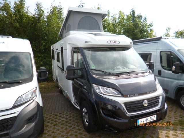 LMC 636 G Breezer Van,3